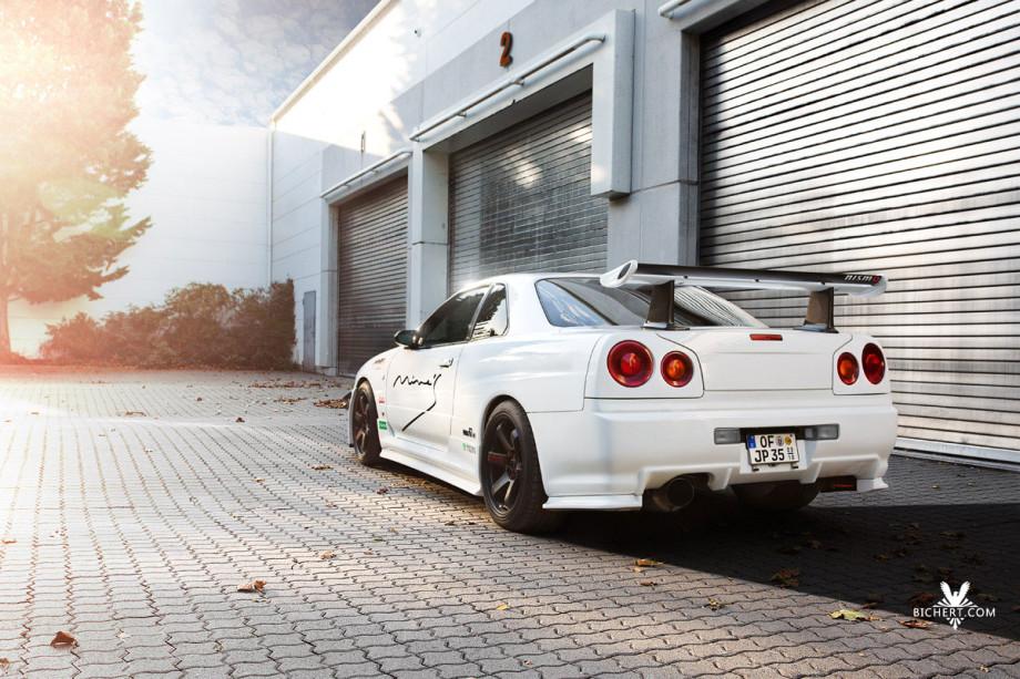Automobilfotografie mit dem kleinen Bruder des Nissan Skyline GT-R