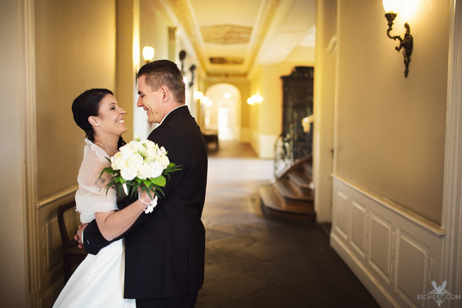 Hochzeitsbilder im Standesamt Höchst alter Baustil
