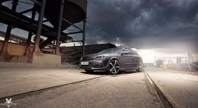Opel Astra GTC Industriegebiet